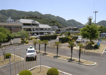 八幡浜自動車教習所の口コミ評判|合宿免許の教官(指導員)・食事・周辺・特徴