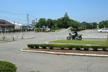 阿蘇自動車学校の口コミ評判|合宿免許の教官・食事・宿舎は?
